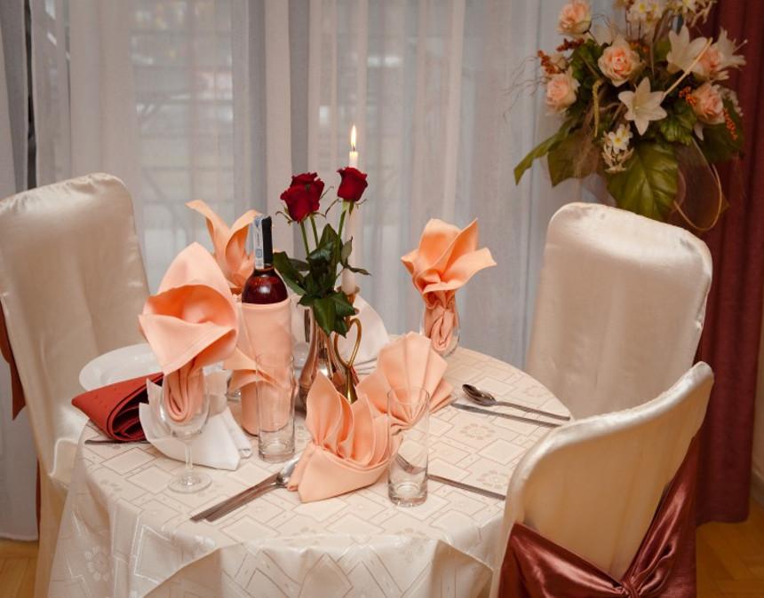 Ozdobiony stolik